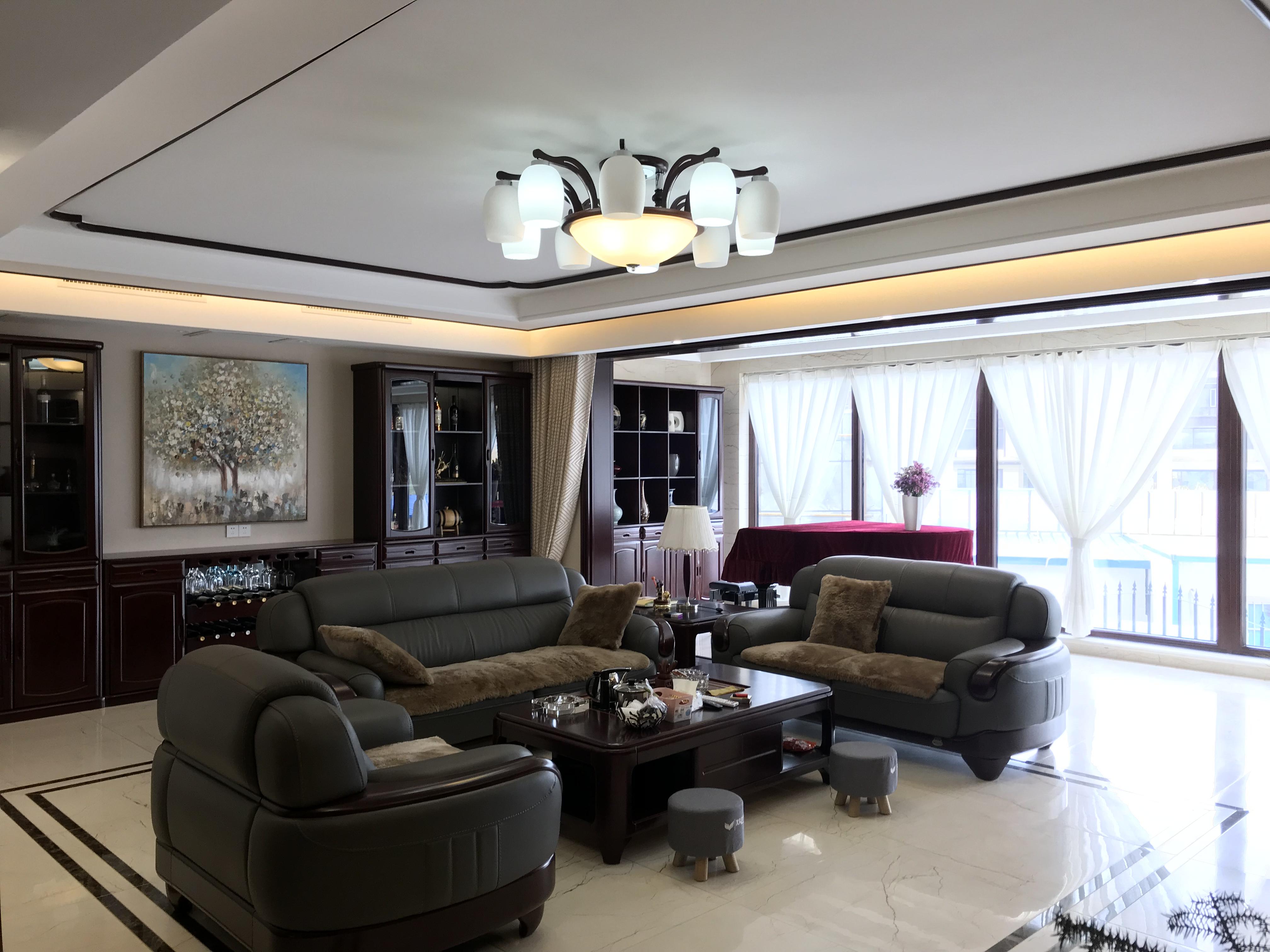 小户型客厅该如何挑选沙发?